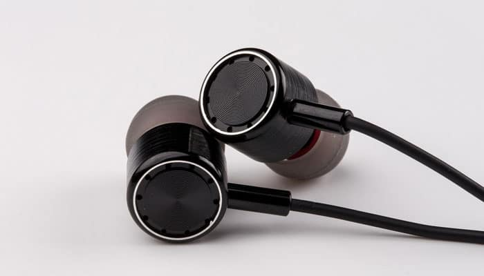 197679c59c6 10 Best Noise Cancelling Earbuds in 2019  Buying Guide  - Music Critic
