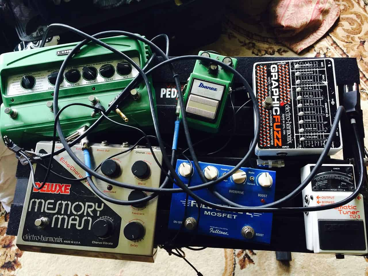 10 best distortion pedals in 2019 buying guide music critic. Black Bedroom Furniture Sets. Home Design Ideas
