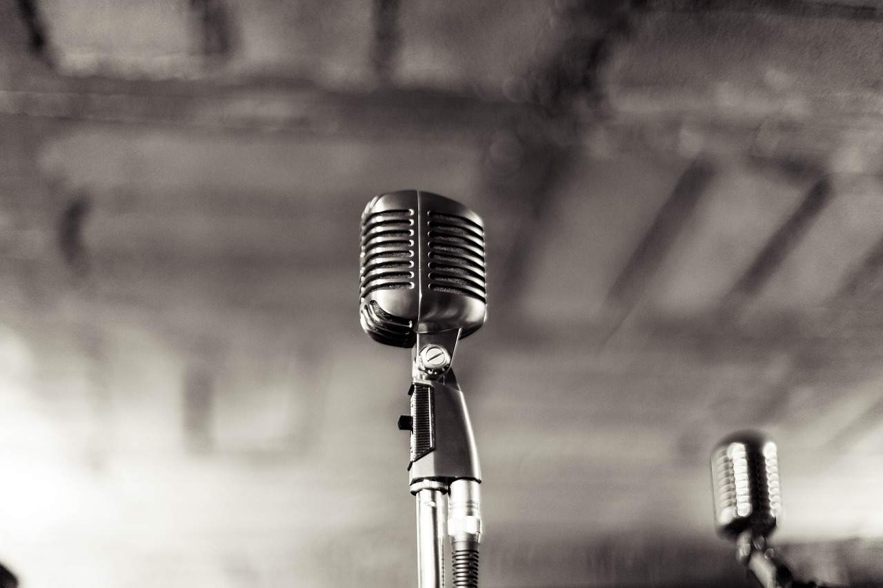 Do you need Ribbon or Condenser Mic for Vocals
