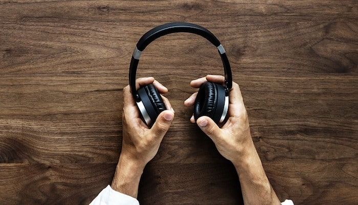 10 Best Bluetooth Headphones In 2020 Buying Guide Music Critic