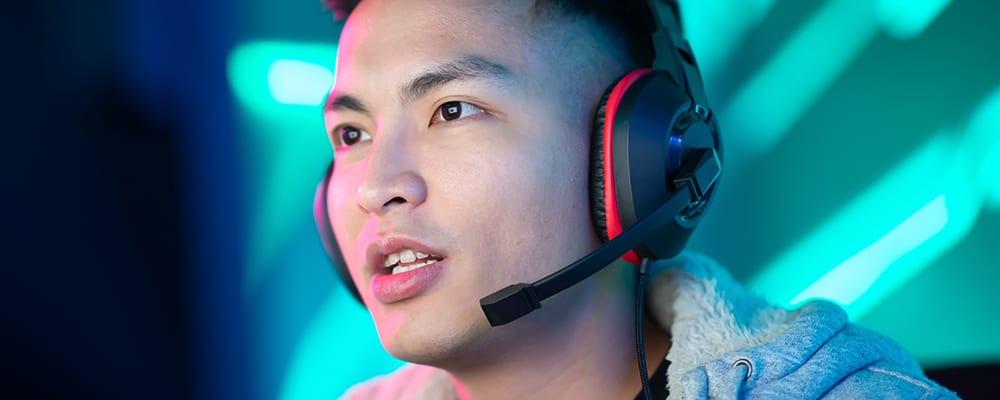 Gamer with headphone