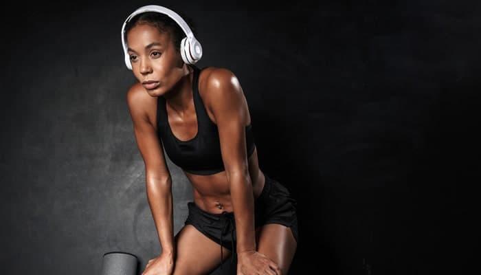 Athletic woman wearing sportswear